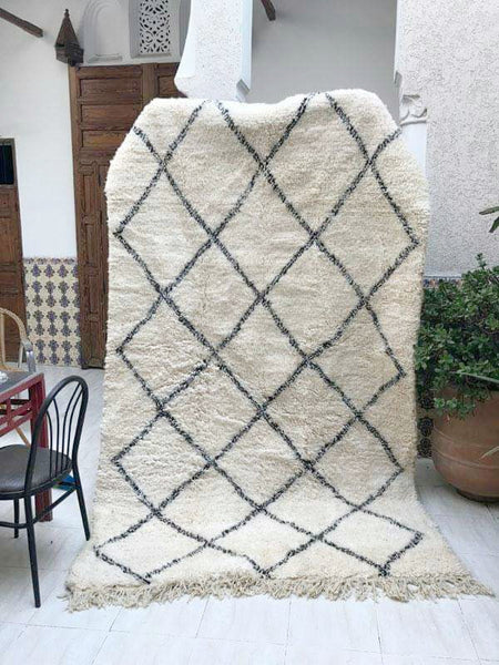 Beni Ourain Tribal Carpet - 275 x 165 cm - Temara - Natural Wool - 2375