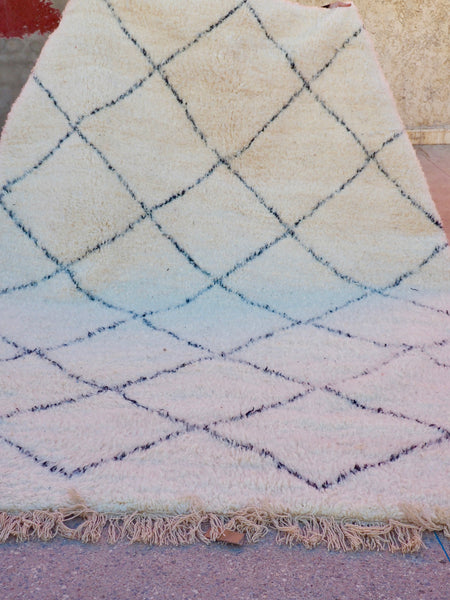 Beni Ourain Carpet - 323x206cm - Large Triangles - Ayoub - Natural Wool - 2463 - Carpets - THE PEOPLE OF SAND