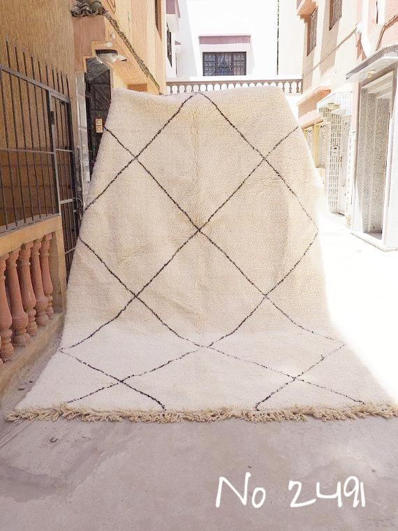 Beni Ourain Carpet - 320x210cm - Large Triangles - AOUDA - Natural Wool - 2491 - Carpets - THE PEOPLE OF SAND