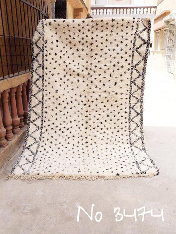 Beni Ourain Carpet - 240x160cm  - Hamida - Natural Wool - 3474