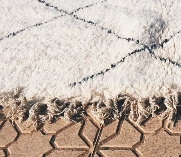Beni Ourain Carpet - 280x200cm 3-Seat Sofa - CHECHAOUEN - Natural Wool - OR1 - Carpets - THE PEOPLE OF SAND