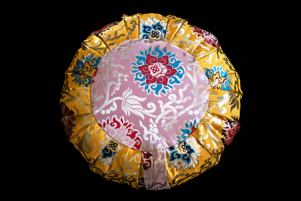 GOLDEN Peace Cushion - FREE SHIPPING