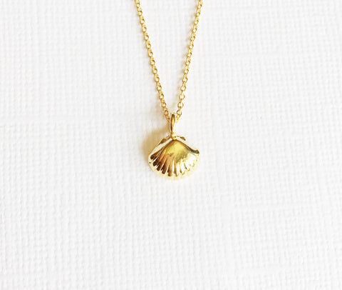 Necklace Lili - sea shell (N218)