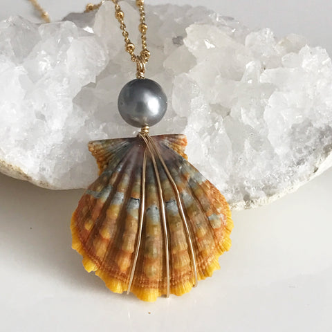 Orange sunrise shell necklace - silver Tahitian pearl ((N269)