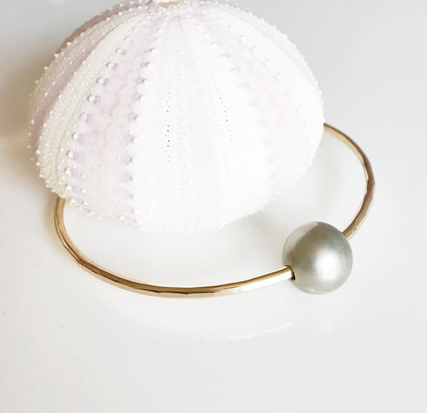 Bangle Rumi - Silver Tahitian pearl bangle (B303)