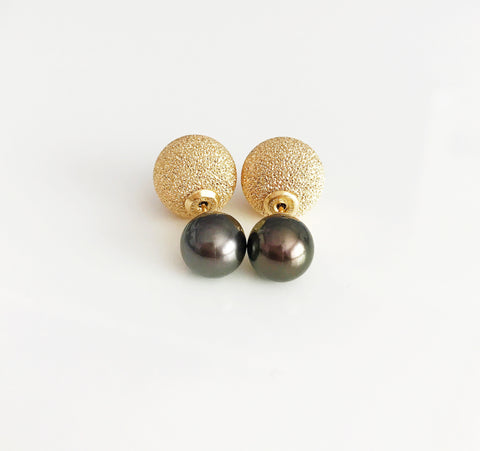 Double sided tahitian pearl earrings (E412)