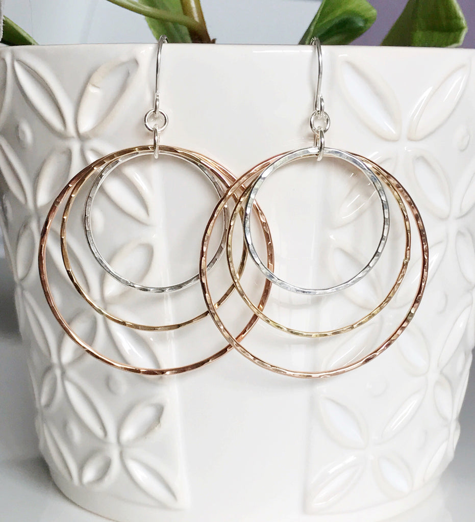 Mix metals hula hoops (E415)