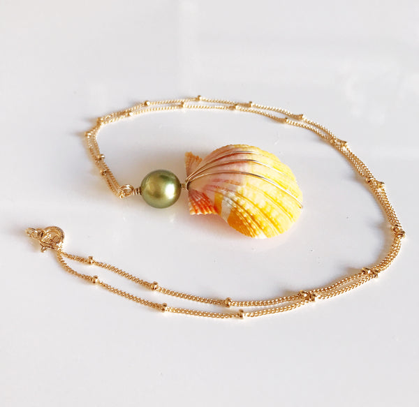 Necklace IOLA- pistachio tahitian pearl (N260)