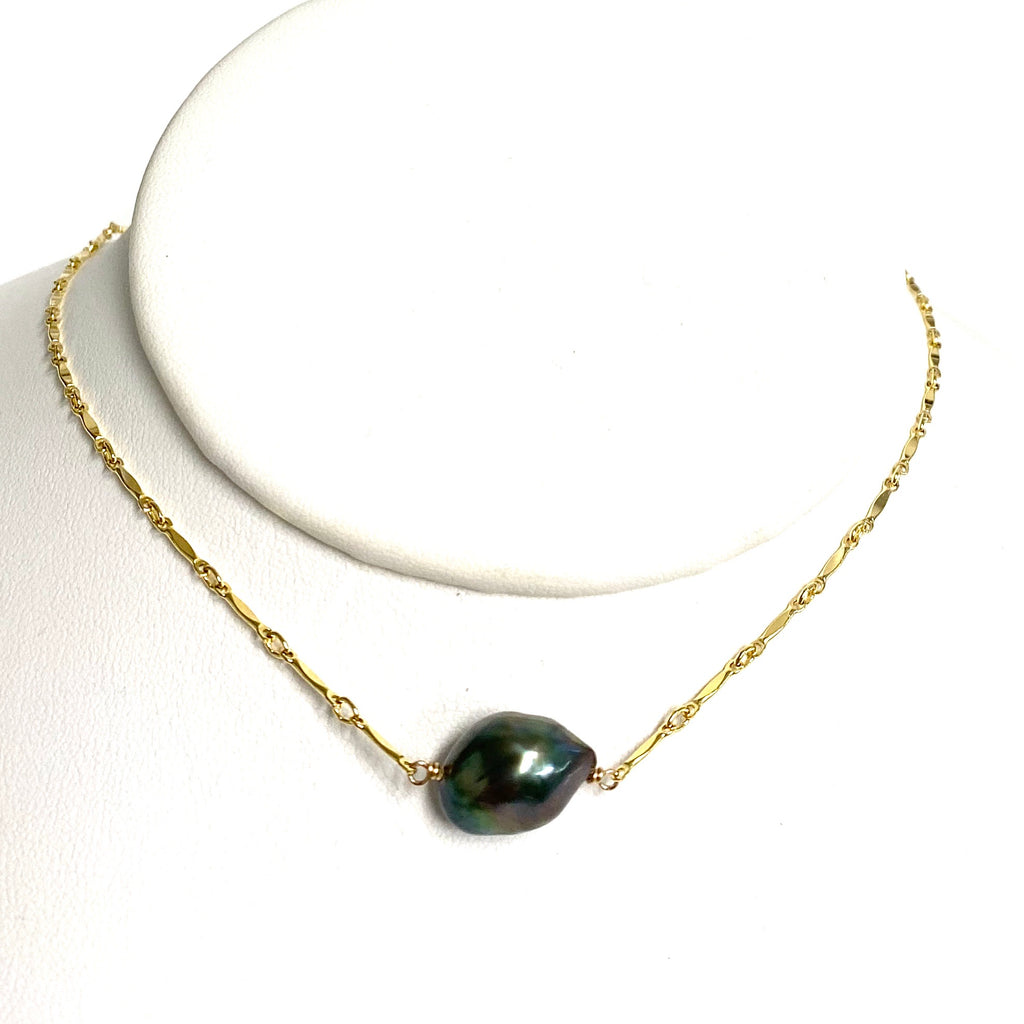 Necklace KIRI - large keshi Tahitian pearl ( N343)