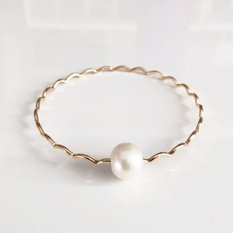 Bangle UNAHI - white Edison pearl (B429)