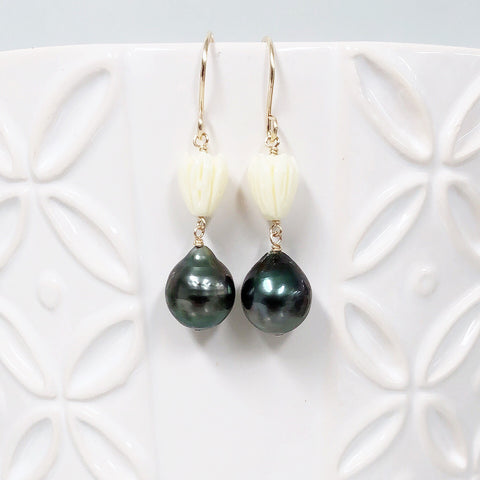 Pikake dangle earrings - tahitian pearls (E564)