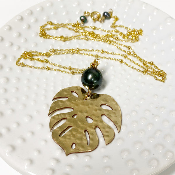 Monstera long necklace - tahitian pearl (N287)