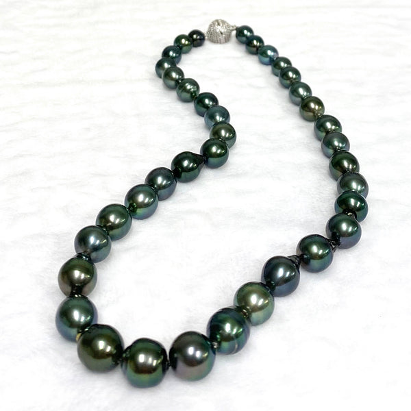 Baroque Tahitian pearl necklace (N358)