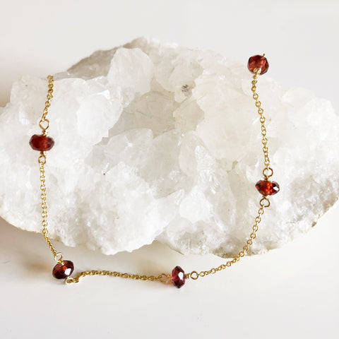 Necklace SIENNA- garnet (N310)