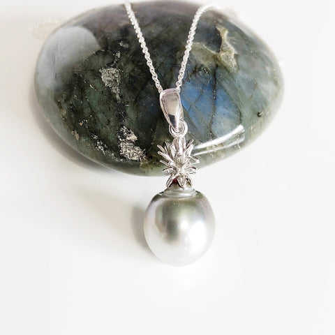 Pineapple pearl necklace - silver tahitian pearl (N308)