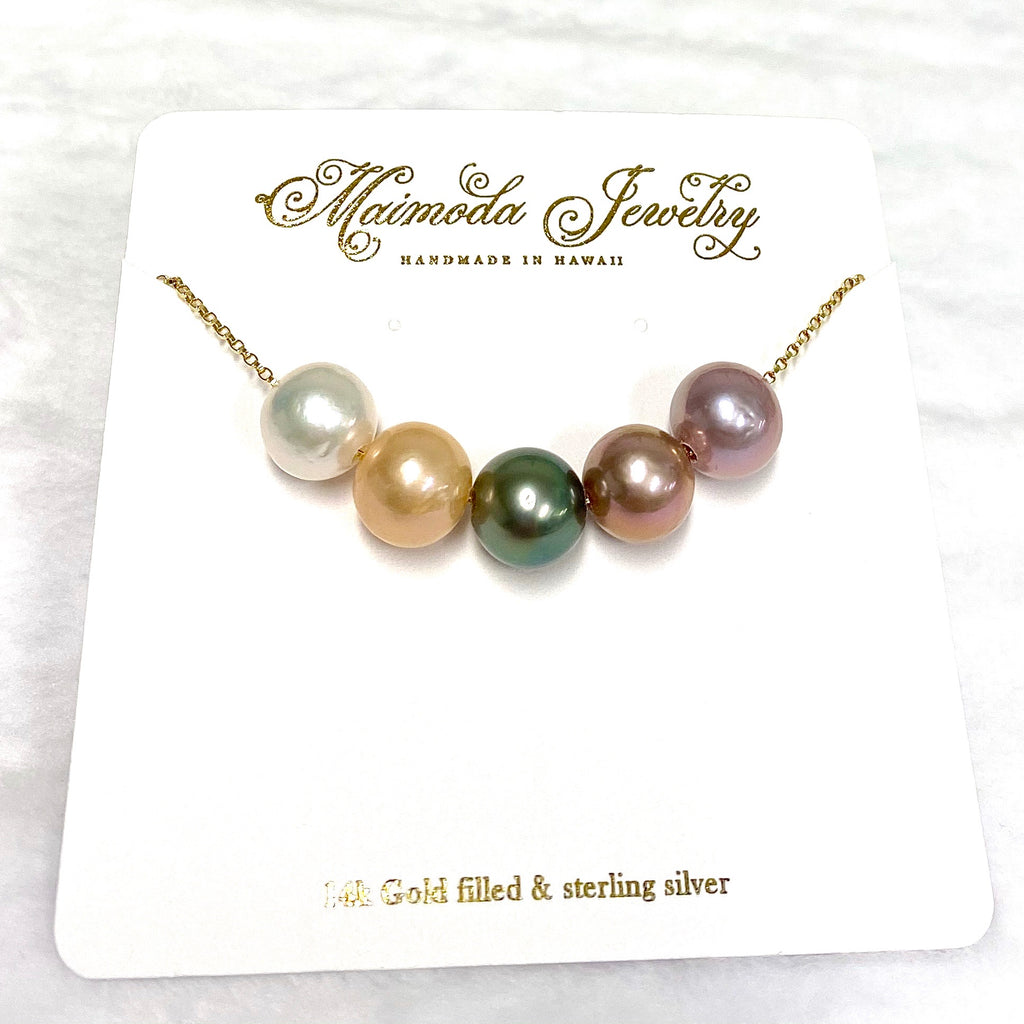 5 pearls necklace