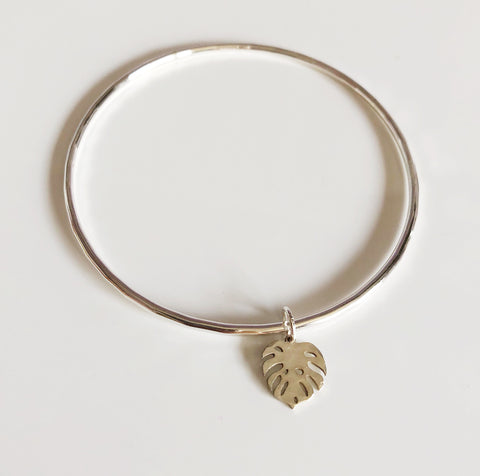 Monstera charm bangle (B364)