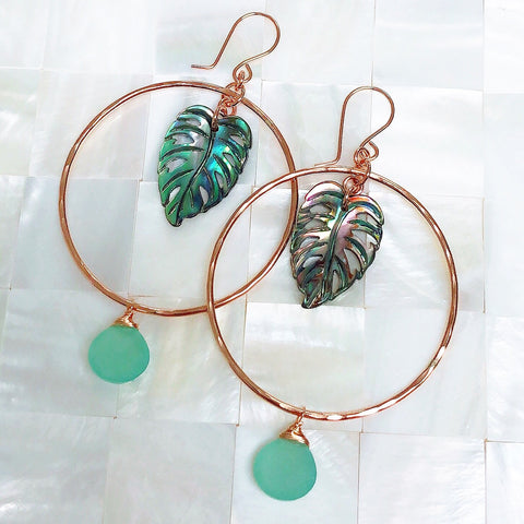Earrings MELLIE - abalone shell monstera (E561)