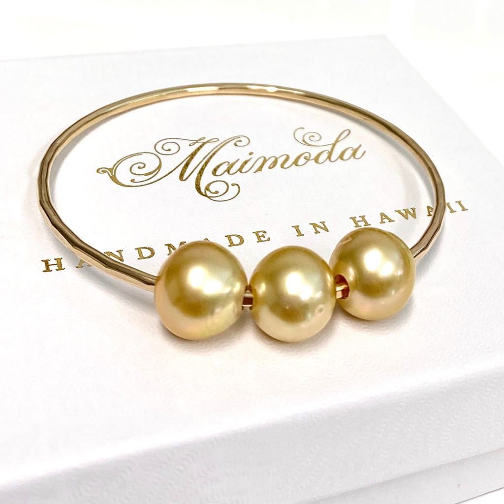 Bangle PAIGE - gold south sea pearls (B465)