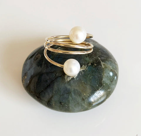 Ring IHILANI - white pearls (R167)
