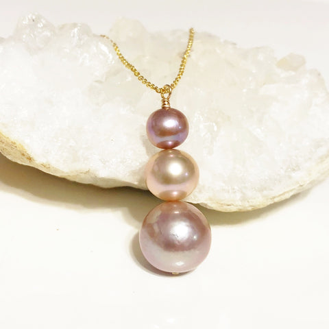 Necklace ARYA - pink pearls (N274)