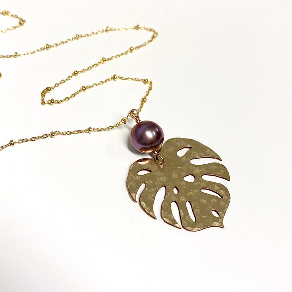 Monstera long necklace - Edison pearl (N335)