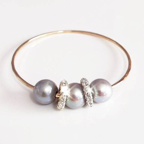 Bangle ANELI - silver pearls (B285)