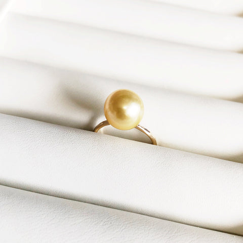 Ring ELVANI - gold south sea pearl (R182)