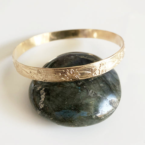 Bangle JASMIN - 8 mm Hawaiian heirloom bangle (B402)