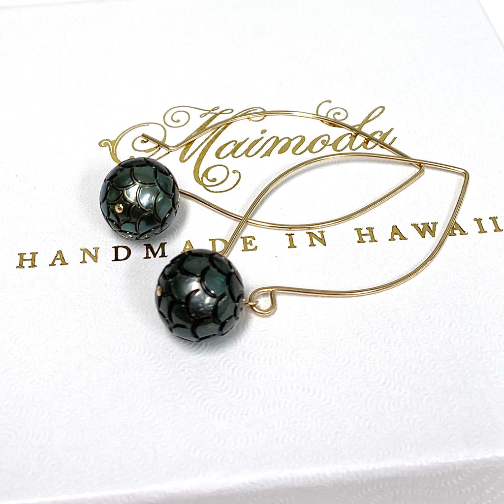 Earrings KALENA - mermaid skin Tahitian pearl (E594)