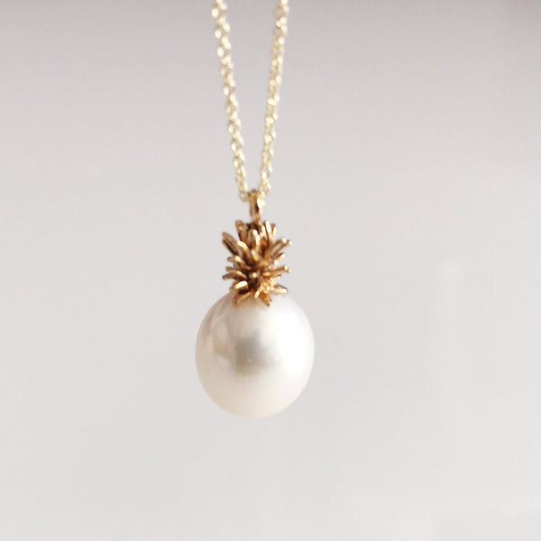 Pineapple pearl necklace - white pearl (N304)