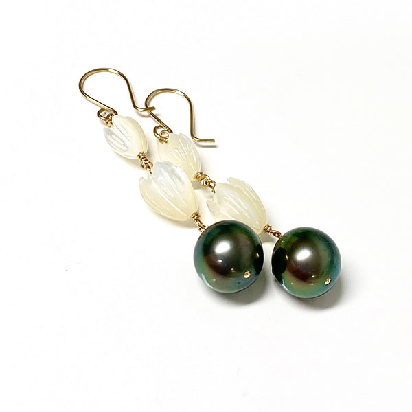 Pikake earrings- Tahitian pearl