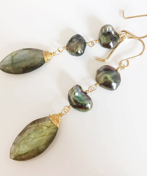 Labradorite & Keshi tahitian pearls earrings (E378)