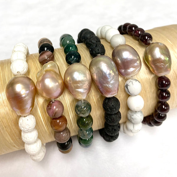 Edison pearl and gemstone stretchy bracelet (B538)