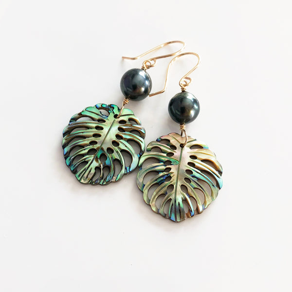 Abalone shell monstera earrings - tahitian pearl (E541)