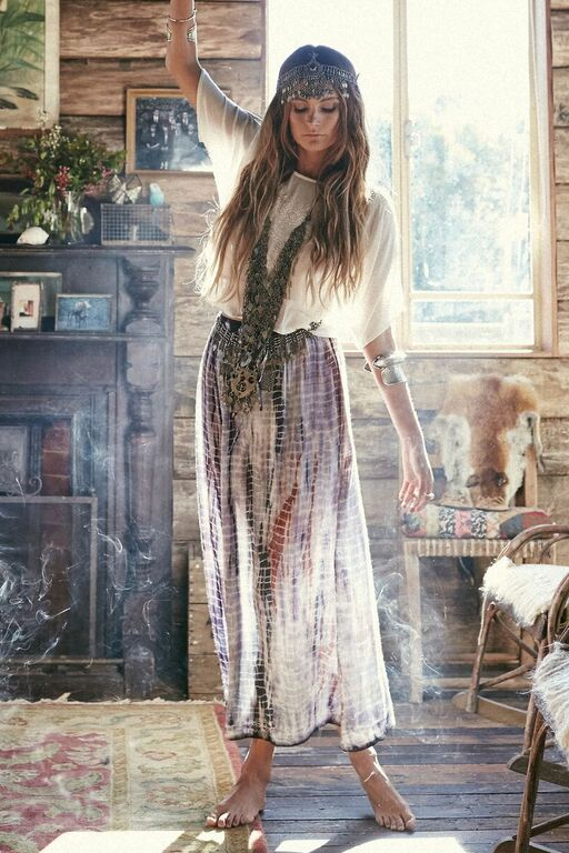 Must-Haves For Every Boho Chic Gal's Closet