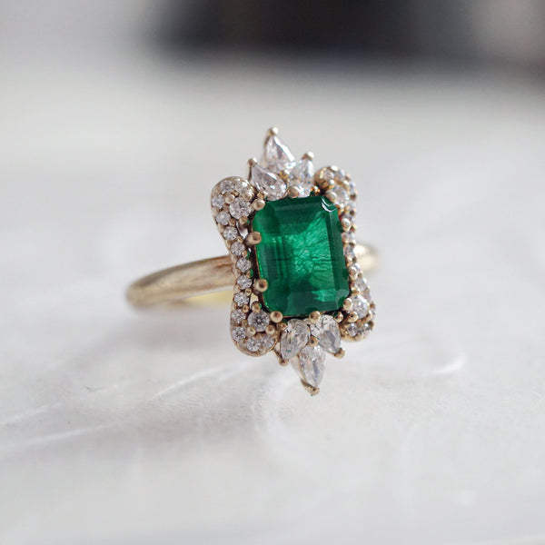 14KT Eleanor Emerald Diamond Ring - Melroso
