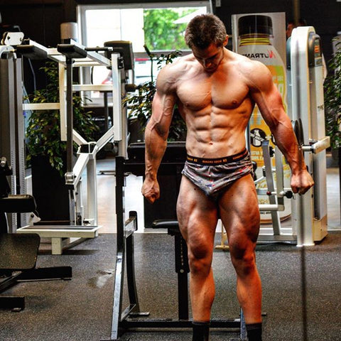 Kenni Eliasen bodybuilding