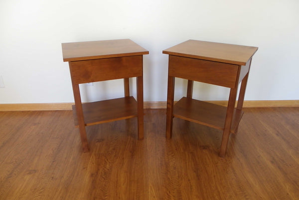 Pair of Nightstands with Shelf