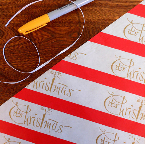 it's christmas script gift wrap