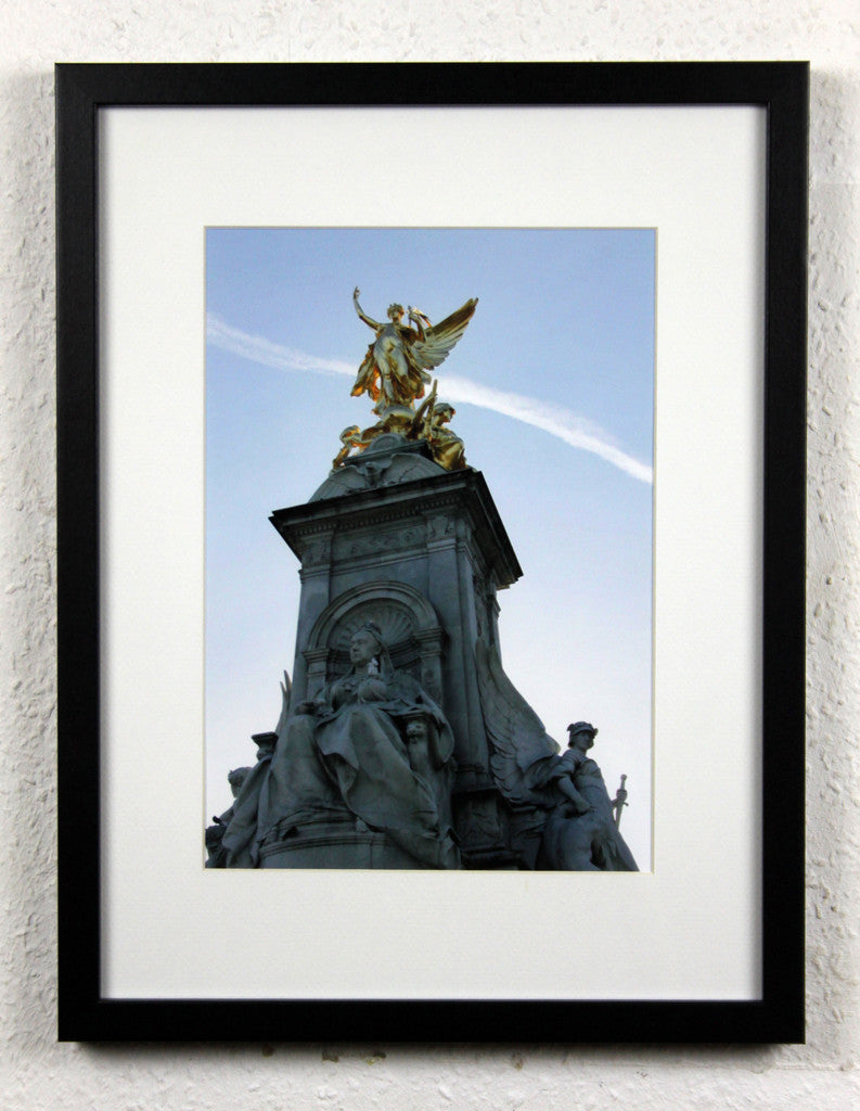 'Victoria Memorial 1' - Original London Photography, Framed - Buckingham Palace