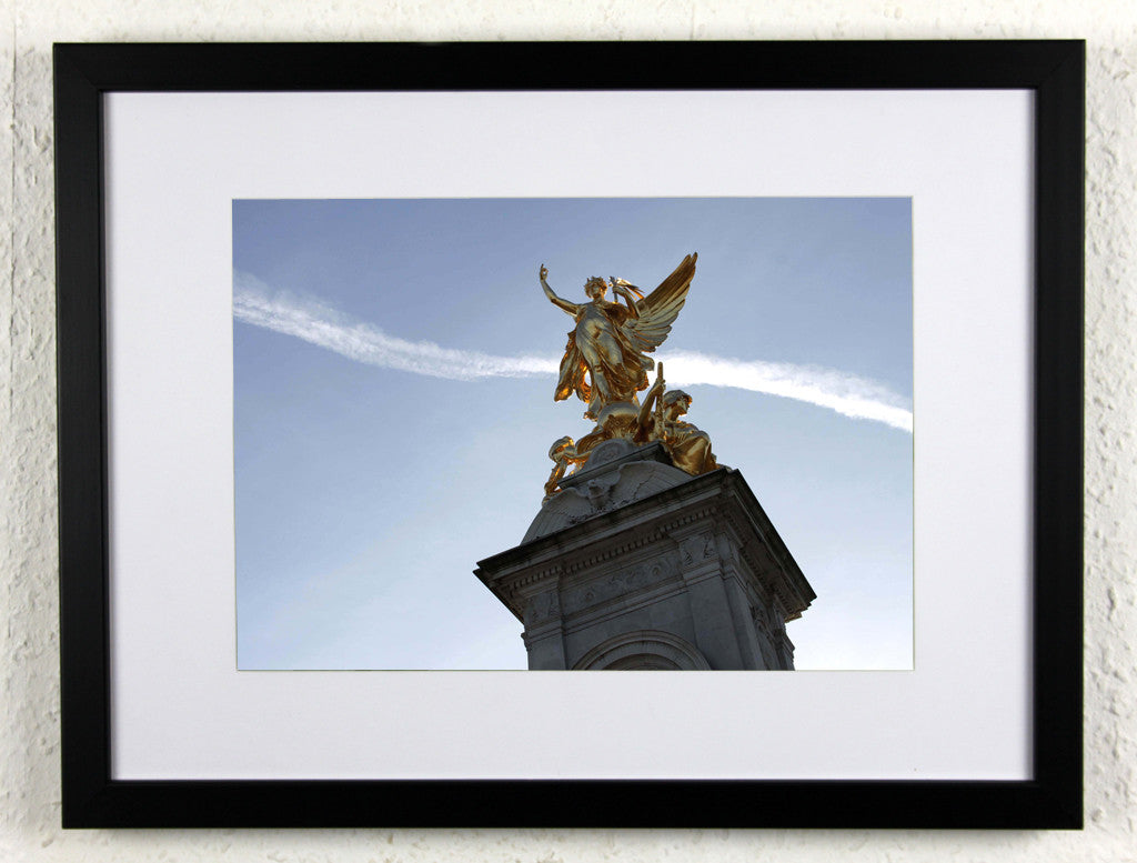'Victoria Memorial 3' - Original London Photography, Framed - Buckingham Palace