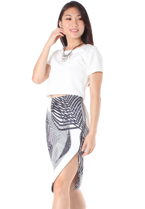 (20% OFF) Henna Spirograph Print Midi Skirt with Slit (Black) - Size S & M - TUESDAY C.
