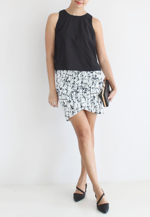 TC Travia Basic Sleeveless Top (Black) - Size S / M / L - TUESDAY C.