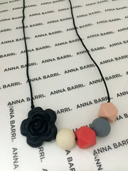 Hello Mom by Anna Barri - Collares Dentición con Flor (Teething Necklace)
