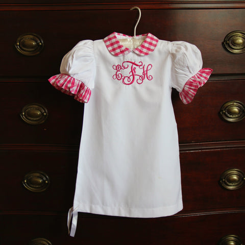 Preppy and personalized monogrammed gifts embroidered clothing baby negle Images