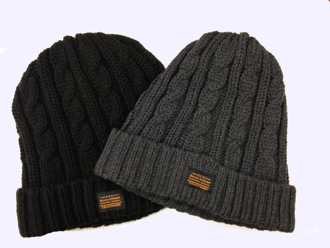 TUQUE EN CABLE|CABLE KNIT HAT