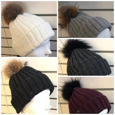 OXYGEN - TUQUE<br>pompom en vraie fourrure<br>Choix de 5 styles|OXYGEN HAT<br> pompom in genuine fur<br>choice of 5 styles