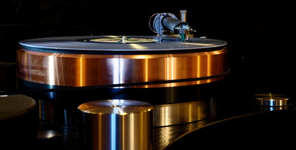 The Wamd Tonearm Master series on a TW Acustik turntable with Lyra Atlas cartridge.