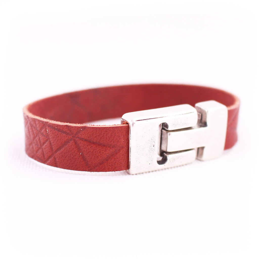 Bridle Wrist Wrap - Chestnut Leather